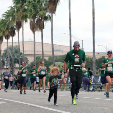 tampa ymca thanksgiving race fundraiser